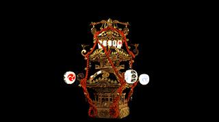 4K映像「MIKOSHI」の神輿全体像。三段の特異な形は現実にはないオリジナルの形状