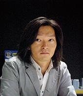 松本 学 氏