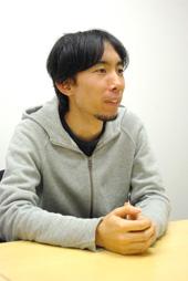 鈴木摩耶氏